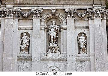 Escena de una iglesia en Venecia, Italia