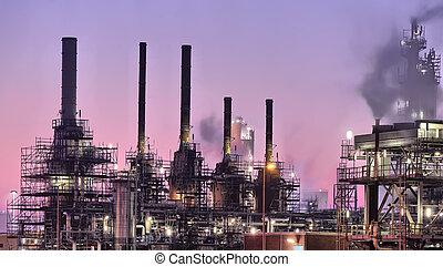 Escena nocturna industrial