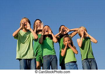 escolares, grupo, gritos, aplausos, canto, o, feliz