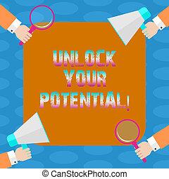Escribir palabras libera tu potencial. El concepto de negocio para liberar las habilidades que pueden llevar al futuro éxito manos hu cada mano sosteniendo una lupa y megáfono en cuatro esquinas.