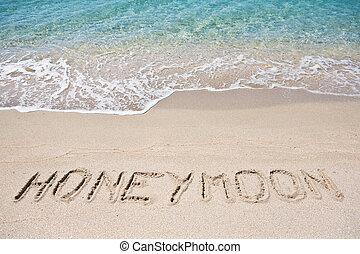 escrito, luna de miel, arena