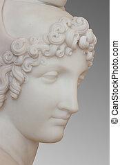 Escultura de mármol