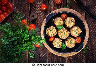 espacio, carne, vista, copia, disecado, picado, cima, queso, pollo, de madera, cocido al horno, hierbas, sobre, hongos, fondo.