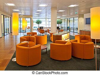 Espacio público en la oficina del banco