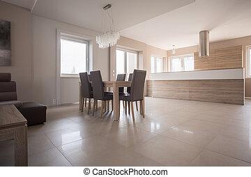 Espacio sala de estar con chimenea