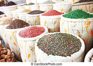 Especias en el mercado de la calle East