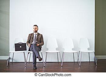 Esperando una entrevista