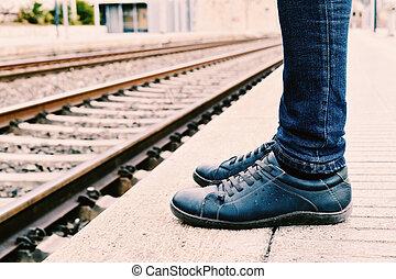 esperar, tren