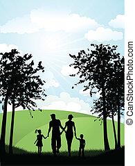 Familia caminando afuera