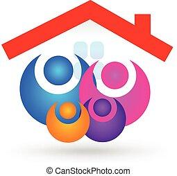 Familia con nuevo logotipo de la casa