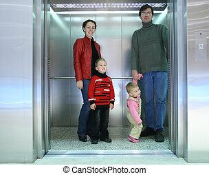 familia , elevador