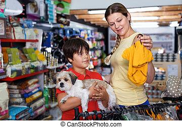 familia , escoger, ropa, perros, tienda