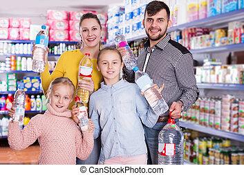 familia , mineral, tenencia, agua embotellada