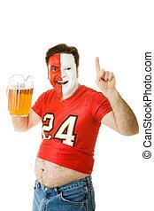 Fan de deportes con barriga de cerveza