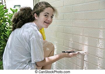 Feliz casita de pintura adolescente