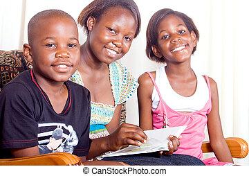 Feliz familia africana