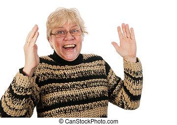 Feliz mujer de mediana edad