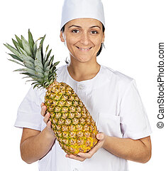 Feliz y atractiva cocinera