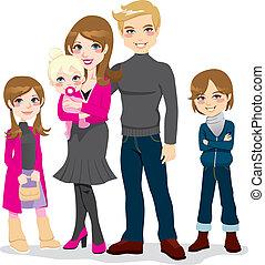 Feliz y hermosa familia