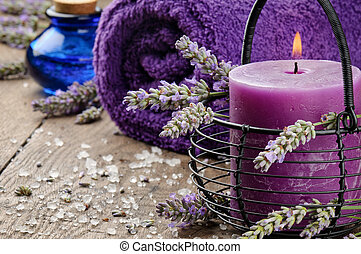 Fijación de repuesto en tono púrpura