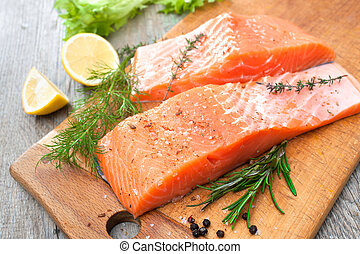 Filete de pescado con hierbas frescas