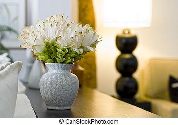 Florero en hermoso diseño interior