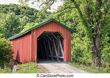 Foraker cubrió el puente