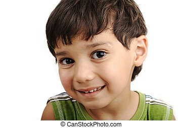 Foto de adorable joven mirando a la cámara