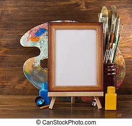 Fotografía y pinturas en madera