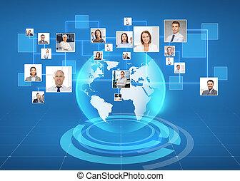 Fotos de gente de negocios en el mapa mundial