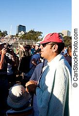 Fotos de un evento deportivo internacional y momentos