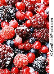 Frutas congeladas del bosque.