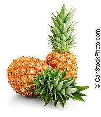 Frutas de piña frescas con hojas verdes