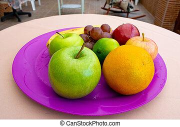 Frutas en una OFF