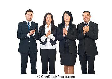 Gente de negocios aplaudiendo