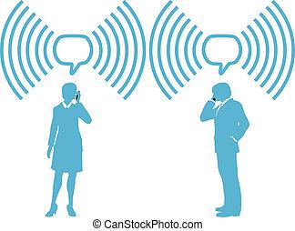 Gente de negocios de teléfonos inteligentes conectan teléfonos inalámbricos