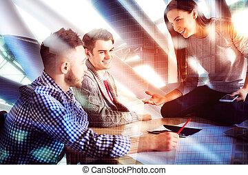 Gente de negocios en una reunión