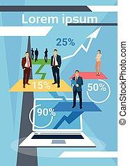 Gente de negocios exitoso equipo de financiación crecimiento