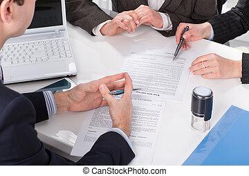 gente, firma, documentos, tres, manos
