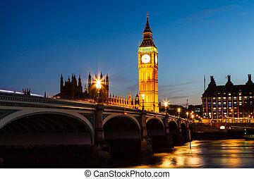 Gran Ben y Casa del Parlamento de noche, Londres, Reino Unido