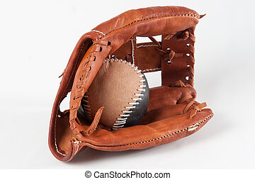 Guante de béisbol con bola