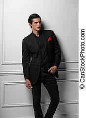 guapo, retrato, bufanda, bolsillo, fondo., hombre, encima, seda, traje, joven, rojo blanco, vertical, negro
