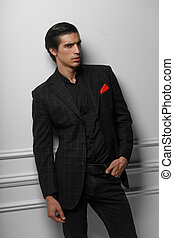 guapo, retrato, bufanda, bolsillo, fondo., hombre, encima, seda, traje, rojo blanco, vertical, negro