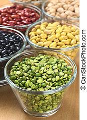 guisantes, riñón, chickpeas), tercero, peas), tazones, dividir, legumbres, uno, foco, otro, canario, frijoles, (black, foco, (selective, vidrio