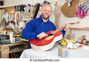 guitar-maker, workshop.