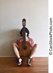guitarra, mujer se sentar