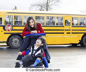 hermana, grande, sílla de ruedas, escuela, hermano, incapacitado, autobús
