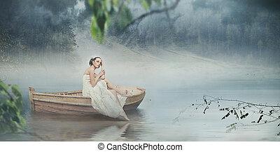 Hermosa morena posando sobre hermoso paisaje romántico - versión panorámica
