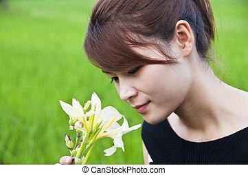 Hermosa mujer asiática.