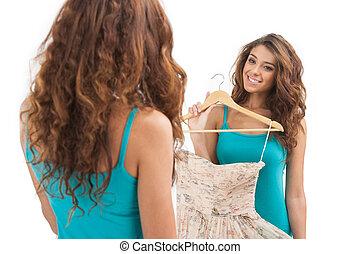 hermoso, esto, el mirar joven, perfect., tenencia, espejo, vestido, mujeres